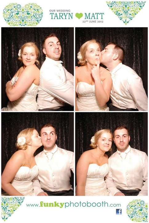 wedding photo booths dorset for taryn & matt