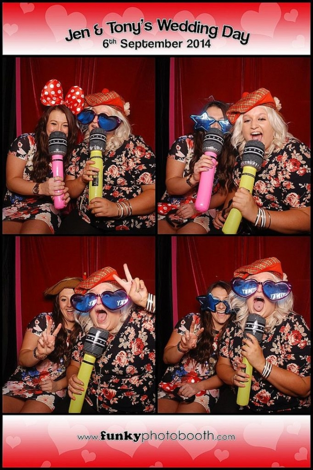 photo booth chichester: sing your hearts out ladies