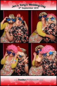 Jen & Tony's Chichester Park Wedding photo booth