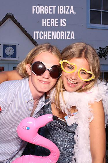 Chichester Party Photo Booth – Itchenoriza